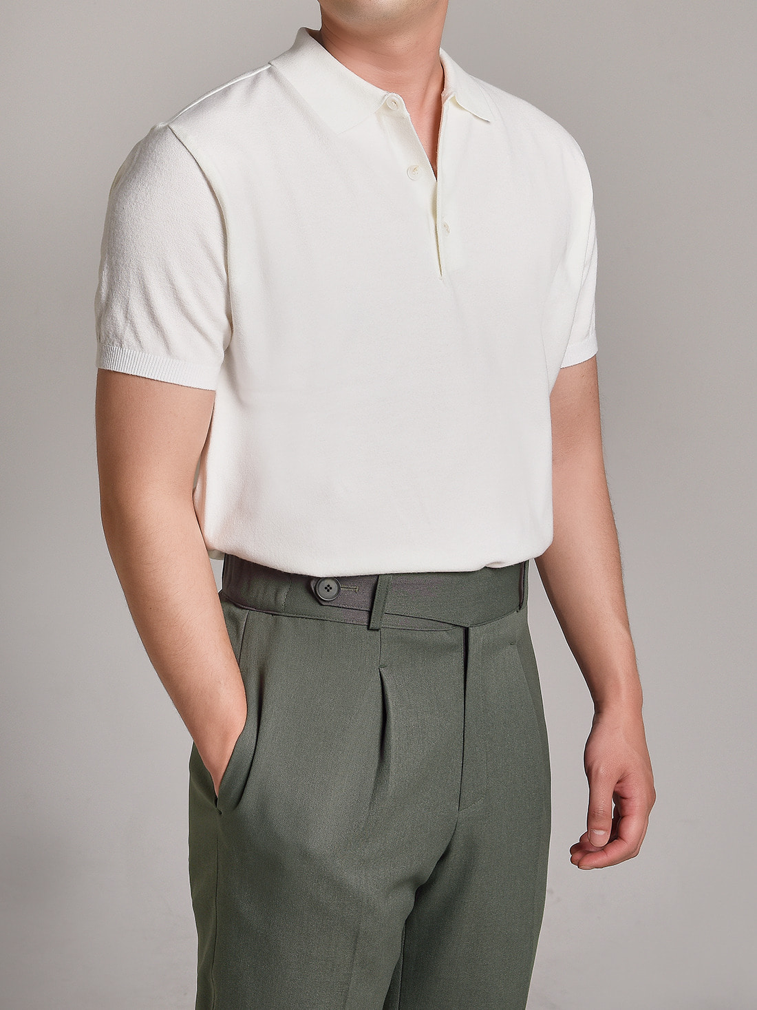 soft touch solid polo knit (white)